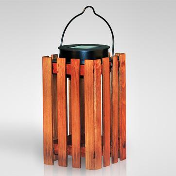 luce solare lanterna in legno